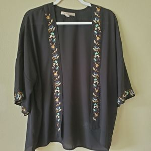 Forever 21 Embroidered Floral Cardigan Size Medium